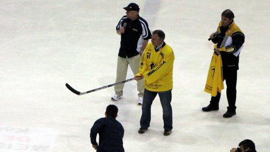 Ruud Kaiser beim Benefizspiel zw. Dynamo und den Eislöwen