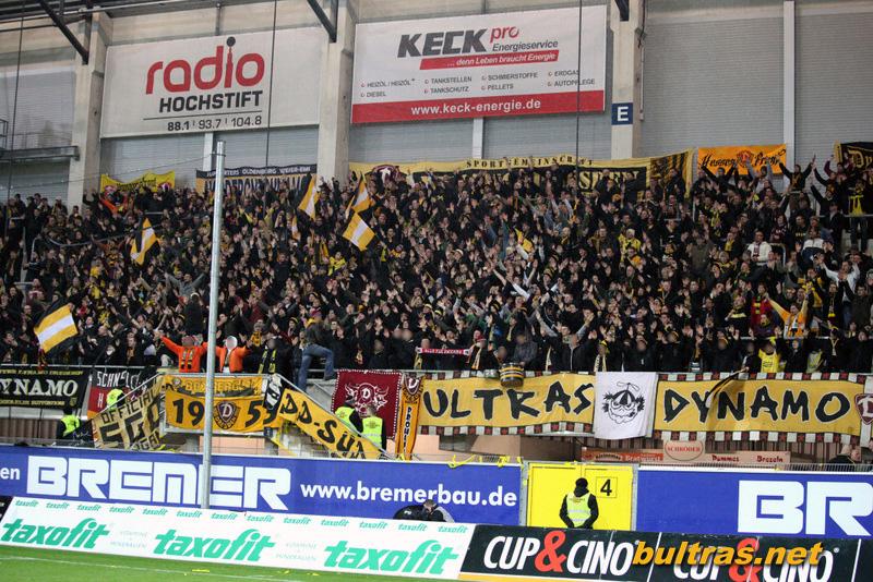 Dynamo Dresden - Pagina 3 121123_Paderborn-SGD_SPIEL_169